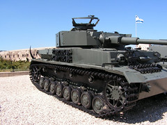 """PzKpfw IV Ausf.J (4) • <a style=""""font-size:0.8em;"""" href=""""http://www.flickr.com/photos/81723459@N04/9478191900/"""" target=""""_blank"""">View on Flickr</a>"""