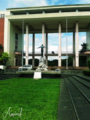 The Oblation (amirahhaji) Tags: up university philippines diliman oblation oble