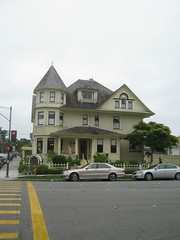 "Our B&B in Monterey • <a style=""font-size:0.8em;"" href=""http://www.flickr.com/photos/109120354@N07/11043070633/"" target=""_blank"">View on Flickr</a>"
