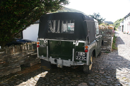 Landrover in Boscastle