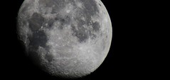 Moon Bound (Zoom Lens) Tags: moon lune satellite lunar lunate lucere johnrussellakazoomlens copyright©byjohnrussellallrightsreserved