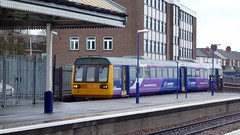 Northern Rail 142028 (Richard Brothwell) Tags: train passenger scunthorpe pacer leyland passengertrain dmu brel northernrail class142 railbus dieselmultipleunit 142028 britishrailengineeringlimited railbuses pacertrain brelderby richardbrothwell
