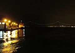 767-December'13 (Silvia Inacio) Tags: bridge portugal rio night river boat barco lisboa lisbon ponte noite tejo tagus cacilhas almada tagusriver cacilheiro ponte25abril riotejo