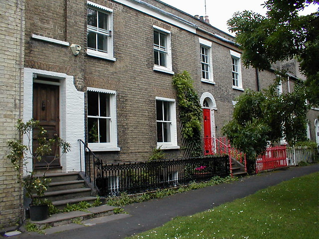Cambridge_House_similar_to_those_in_Bradmore_St_where_the_Blotts_lived_in_1841_51