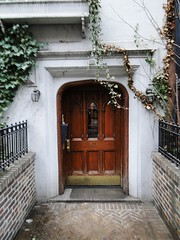 West 9th Street   Greenwich Village   52 2fb14_699 (lotos_leo) Tags: winter century manhattan lowermanhattan 19th greenwichvillage khalilgibran lowerwestside west9thstreet streetny 1840th
