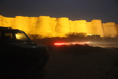 2014_02_15_867 (farazhasan) Tags: old pakistan history monument museum night rural gate desert jeep state fort rally culture mahal prince palace mosque kings historical walls tradition noor moti nawab cholistan bahawalpur derawar