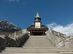 Javorca, chiesa commemorativa di sv. Duh (S. Spirito)