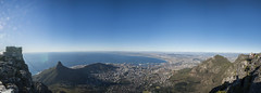 Cape town view (Lysmask) Tags: ocean sunset summer mountains nature clouds southafrica meer sonnenuntergang capetown moonrise tablemountain sundowner tafelberg westerncape kapstadt tableview mondaufgang capetownview