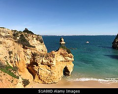Photo accepted by Stockimo (vanya.bovajo) Tags: stockimo iphonegraphy iphone praia do camilo camel beach lagos algarve portugal beaches coast coasts rock formation tourism travel destination nobody rocks cliffs cliff nature beautiful