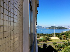 flamengo (sullmarc) Tags: mobile ipad digital apple outdoor window 43 landscape sea polichromatic windowview wall brazil rio de janeiro flamengo