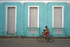 (piper969) Tags: people bike colours cuba bicicletta remedios islagrande cubarebelde uploaded:by=flickrmobile flickriosapp:filter=nofilter