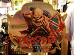 Robinsons, Iron Maiden Trooper, England (ralph&dot) Tags: beer drink cerveza drinks alcohol bier cerveja birra bir bire pivo l bira sr  alus biiru biera beerflickr beerflickring beerflickred beerflickrs