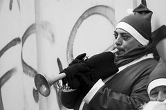 Christmas Jazz (EmiPi) Tags: street lake como december trumpet jazz santaclaus natale dicembre babbonatale