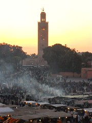 Late afternoon from Place Jemaa El Fna towards La Koutoubia (Struan Manson) Tags: sunset dusk morocco marrakech placejemaaelfna lakoutoubia