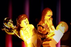 """ Grawwwraww warwa"" "" I know "" (Legoagogo) Tags: star lego valentine wars chewbacca leia c3po hansolo chichester moc legoagogo"