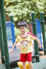 Play time (Alphone Tea) Tags: life family light home childhood playground kids garden print children fun daylight colorful bright bokeh outdoor weekend great chinese 70200 6d 70200f28l 2013 70200f28lisiiusm