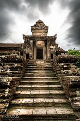 AngKor wat - Cambodia (PhotoGSuS) Tags: angkor angkorwat buddhisttemple cambodia camboya unescoworldheritagesite capitaltemple jungle temple krongsiemreap siemreapprovince
