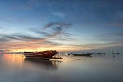 0478 Sunset In Siam (Hrvoje Simich - gaZZda) Tags: sunset blue sky water sea ocean boat red orange clouds longexposure beautiful kohphangan thailand landscape seascape nikon nikond750 sigmaart2414 gazzda hrvojesimich