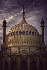 'Sultanic verse'         (see description) (Milesofgadgets ) Tags: pentaxk10d petermiles brightonroyalpavilion brighton pentaxk10 pentaxsmcfa50mmf14 petermiles