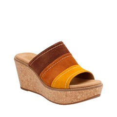"Clarks Aisley Lily sandal tan combi • <a style=""font-size:0.8em;"" href=""http://www.flickr.com/photos/65413117@N03/33226372410/"" target=""_blank"">View on Flickr</a>"