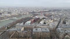 20150125_124039 (SierPinskiA) Tags: paris marie 2015 samsungs4zoom eiffeltower latoureiffel skyline rooftops