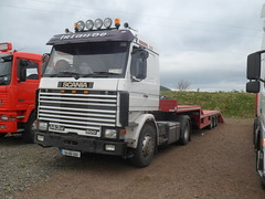 Scania 143H 500 V8 Tractor Unit (94-RN-288). (Roche B10M VanHool) Tags: truck lorry artic scania 143h 94rn288