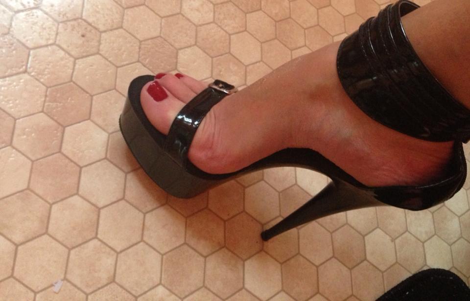 Suck my heels