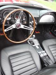 Chevrolet Corvette C2 Sting Ray -3 (Transaxle (alias Toprope)) Tags: auto usa berlin cars beauty car nikon power voiture chevy american coche soul carros carro motor autos corvette macchina coches vette voitures toprope macchine uscar seeburg oldifete