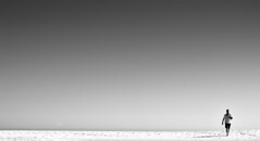 La travesía por el desierto (Juampiter) Tags: desierto desert caminata crisis agotamiento agotador arido aridez extremo abandonado abandono adelante aislado ambición superacion aventura ausencia arena espejismo desesperación dunas dunes fe hombresolo huir huirdelpeligro huyendo huérfano independencia landscape libertad migración padresoltero oscuro playadesierta playasolitaria portugal soledad viaje travel journey trip