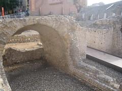 Tarragona - Circo romano (pakovalera) Tags: españa roma nova puerto spain monumento playa romano rey vista museo turismo barrio tarragona rambla aerea tarraco circoromano castillorey