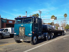 Nice ryde spotted in the wild (ATOMIC Hot Links) Tags: usa truck bc diesel tools engines hauling trucks openroad trailer mack coe kool deliver peterbilt haul keepontruckin kenworth movinon bigrig 18wheelers truckparts rydes cabovers atomichotlinks