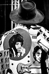 John, Jimi &...Jim (Lucille-bs) Tags: portrait bw john europe noiretblanc poland krakow dessin nb dos chapeau hendrix lennon jimi musique guitare cracovie pologne chemise