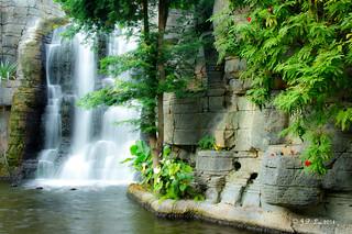 DSC01164 飞泉瀑布是何寨?