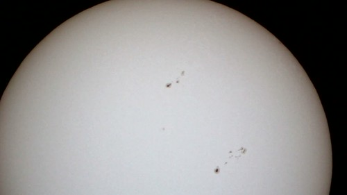Sunspots 25 May 2013