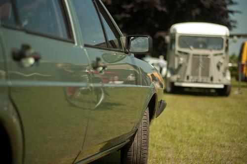 Volkswagen Passat and Citroën HY