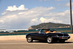 Good life. (Sir_Georgino) Tags: sea black coast spain convertible jaguar baiona etype sirgeorgino