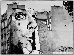 URBAN ART (PARIS) (Sigurd66) Tags: paris france frankreich ledefrance frana urbanart illegal ilegal prizs francia pars parigi pras arteurbano rpubliquefranaise pary lutetia frantzia pa paries francja pariisi pariis par parizo parsi parze paryius paris thisissoillegal fras paryzh brs pari