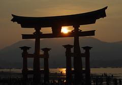 Miyajima Torii Worldheritage (h orihashi) Tags: beautiful japan shrine pentax hiroshima miyajima  breathtaking worldheritage itsukushima musictomyeyes     beautifulcapture flickrhearts flickraward heartawards k5s pentaxk5s