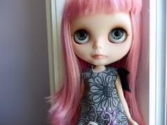 A vampire in the sun?! (dejavoodoo_) Tags: pink baby hair doll long dolls vampire ooak blythe neo freckles bangs fangs custom vampires vamp blythedoll repaint customblythe