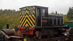 drewry shunter named southerham (JOHN BRACE) Tags: west under wells repair valley works spa tunbridge shunter drewry