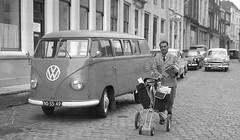 NS-33-49 Volkswagen Transporter kombi 1954 (Wouter Duijndam) Tags: volkswagen 1954 kombi transporter barndoor ns3349