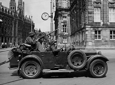 "NAZI CAR with a MG 34 or 42 ? • <a style=""font-size:0.8em;"" href=""http://www.flickr.com/photos/81723459@N04/13553128104/"" target=""_blank"">View on Flickr</a>"