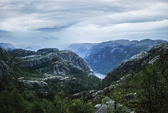 Lysefjord (Karol Majewski) Tags: cliff water clouds landscape evening stavanger norge dusk valley edge fjord scandinavia dolina woda preikestolen rogaland lysefjord lysefjorden pulpitrock klif wieczór chmury ryfylke krajobraz norwegia zmierzch skandynawia forsand