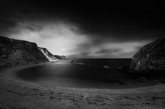 Man of War Bay (Scott Baldock) Tags: door sea blackandwhite bw seascape man contrast landscape bay seaside high war key long cove low dorset weymouth lulworth durdle