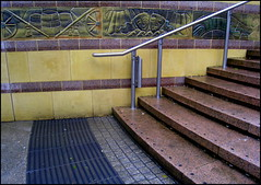 (catb -) Tags: ireland stairs design steps shoppingcentre ixus londonderry derry donegal