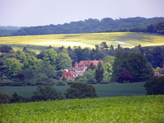GOC Barley 101: View of house (Peter O'Connor aka anemoneprojectors) Tags: england house building view kodak lanscape hertfordshire herts goc 2013 gayoutdoorclub z981 kodakeasysharez981 gochertfordshire hertfordshiregoc gocbarley
