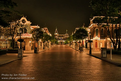 DDE May 2013 - Heading down Main Street USA