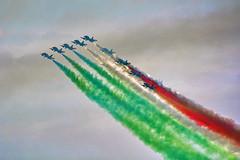 Frecce tricolori (giudiciluigi) Tags: sport freccetricolori composizione folcrore luxtop100