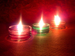 enchanting-diyas-using-bangles-final2 (artXplorez) Tags: deepavali oillamps kandils diwalidecoration diwalicrafts diyamaking banglediyas festivecrafts sparklingdiyas