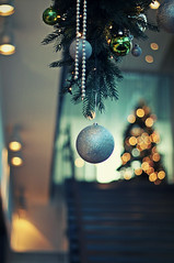 9:31 (stjernesol) Tags: decorations green yellow silver lights december bokeh idoliketophotographchristmasdecorations usuallymakesforgoodbokeh welwhynotright itisdecemberandbirthday beeneatingcakefor3daysnow